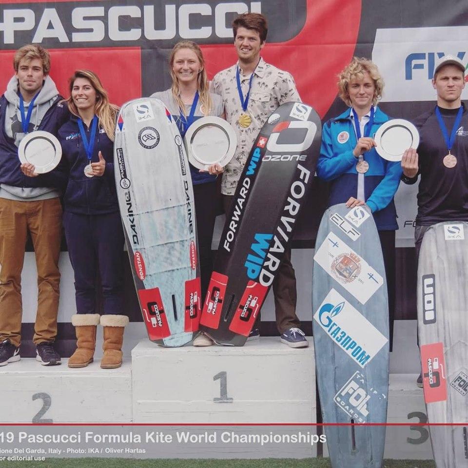 Елена Калинина взяла серебро! И бронзу с Д.Тарадиным   на чемпионате мира по кайтбордингу.