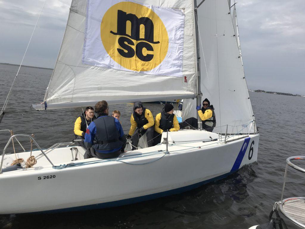 Гимн Великому Городу и патриотичным макаровцам, организовавшим парусную регату Makarov Sailing Cup 2019.