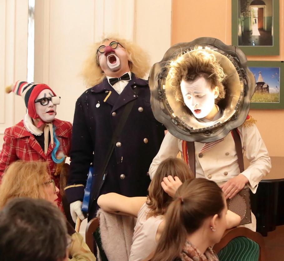 """Международный фестиваль """"Кукарт"""".  25 лет на радость зрителю."""