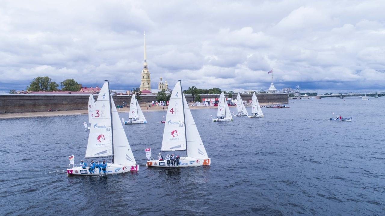 Парусная лига чемпионов Европы 2019 приглашает в гости на пляж Петропавловской крепости.