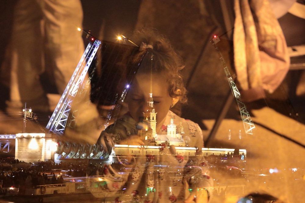 Разведение Дворцового моста под музыку Цоя