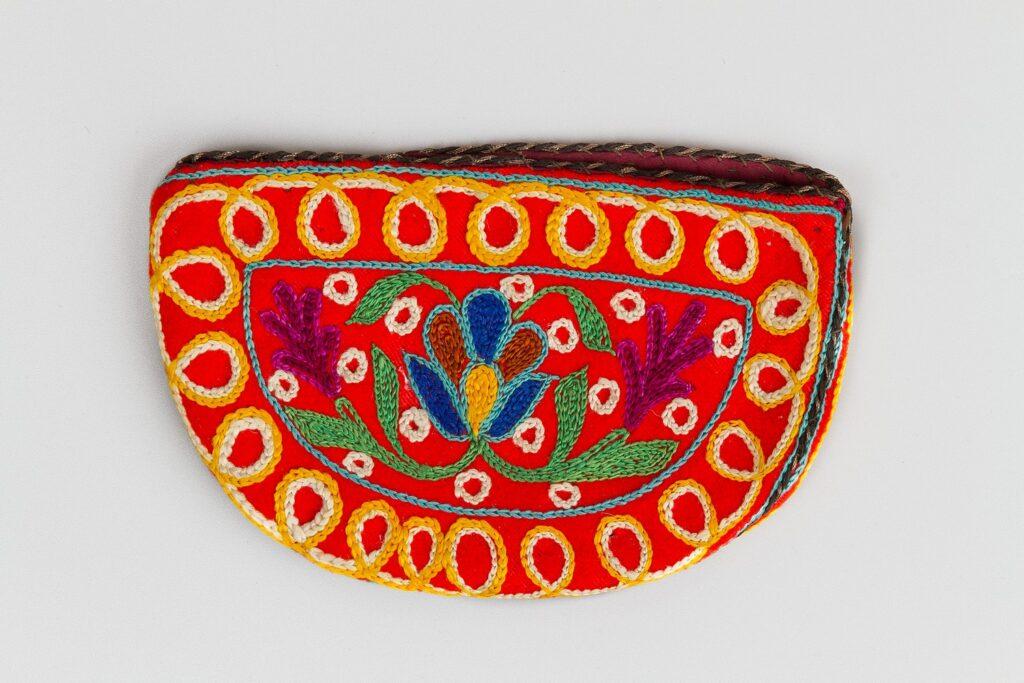 Декоративно-прикладное искусство Азербайджана в собрании Российского этнографического музее