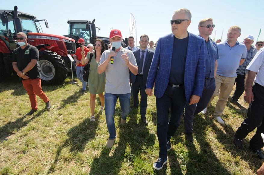 Традиционный «День поля» в Ленинградской области